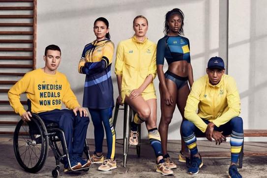 8ac6a14279 A Suécia escolheu usar modelos assinados pela loja de departamento do país   H M . Além disso
