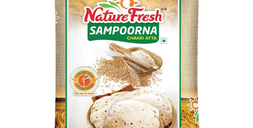Nature Fresh Sampoorna Chakki Atta, 10kg