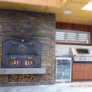 Outdoor Oven / outdoor Fire in Schist Greenhithe