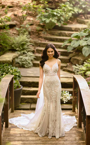 Fit-and-flare wedding gown - 100D2887