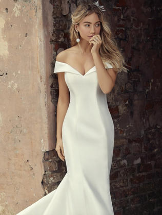 Classic wedding dress.jpg