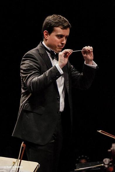 Gabriele Pezone - direttore d'orchestra.