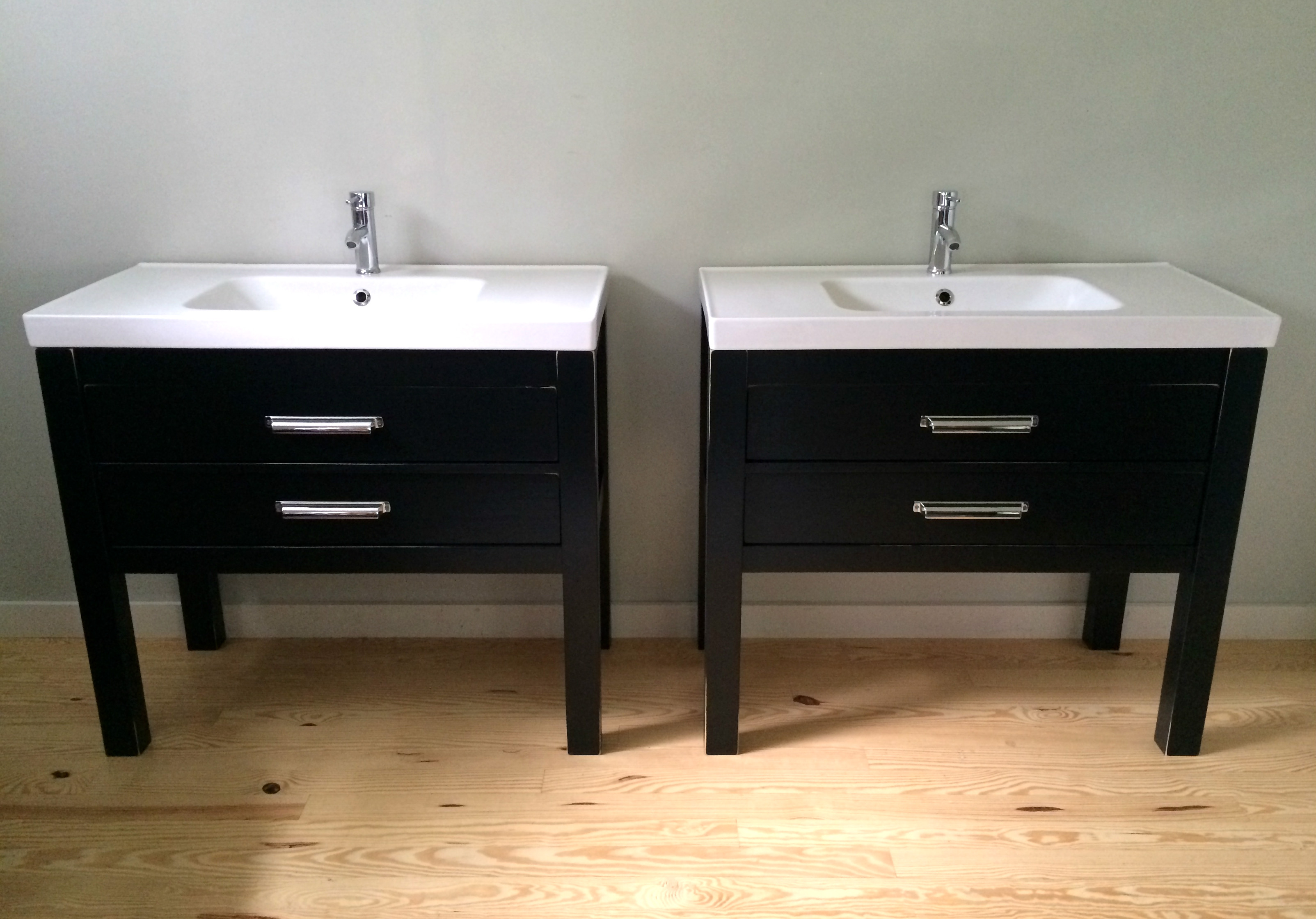 Matching black Bathroom Vanities