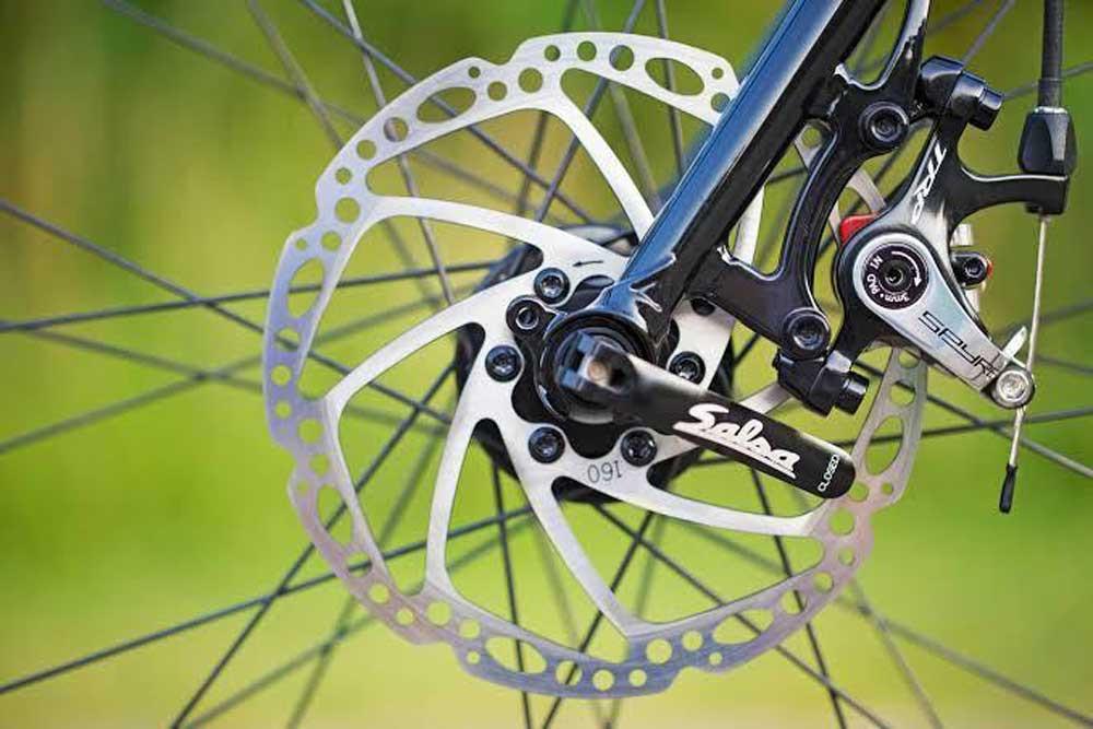 mechanical vs hydraulic brakes