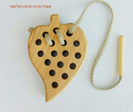 בייבה - צעצוע עץ לחיזוק מוטוריקה עדינה