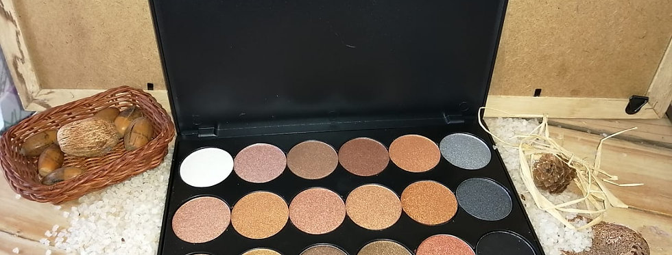 18 PIECE BRONZE EYE & FACE  PALETTE