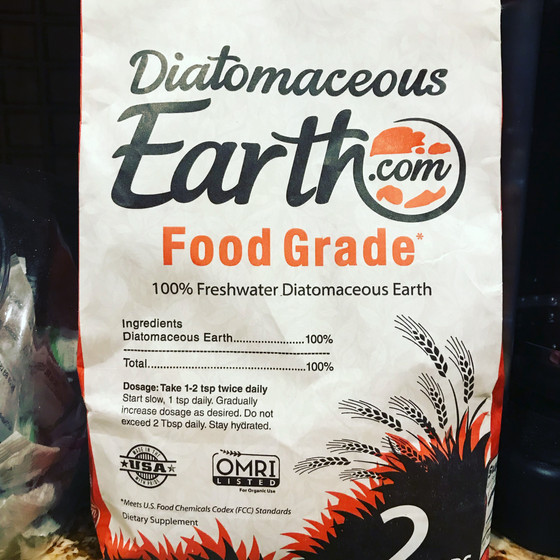 #TuesdayTips : Diatomaceous Earth. Yep.