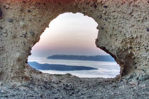 Heart of Santorini, Megalachori