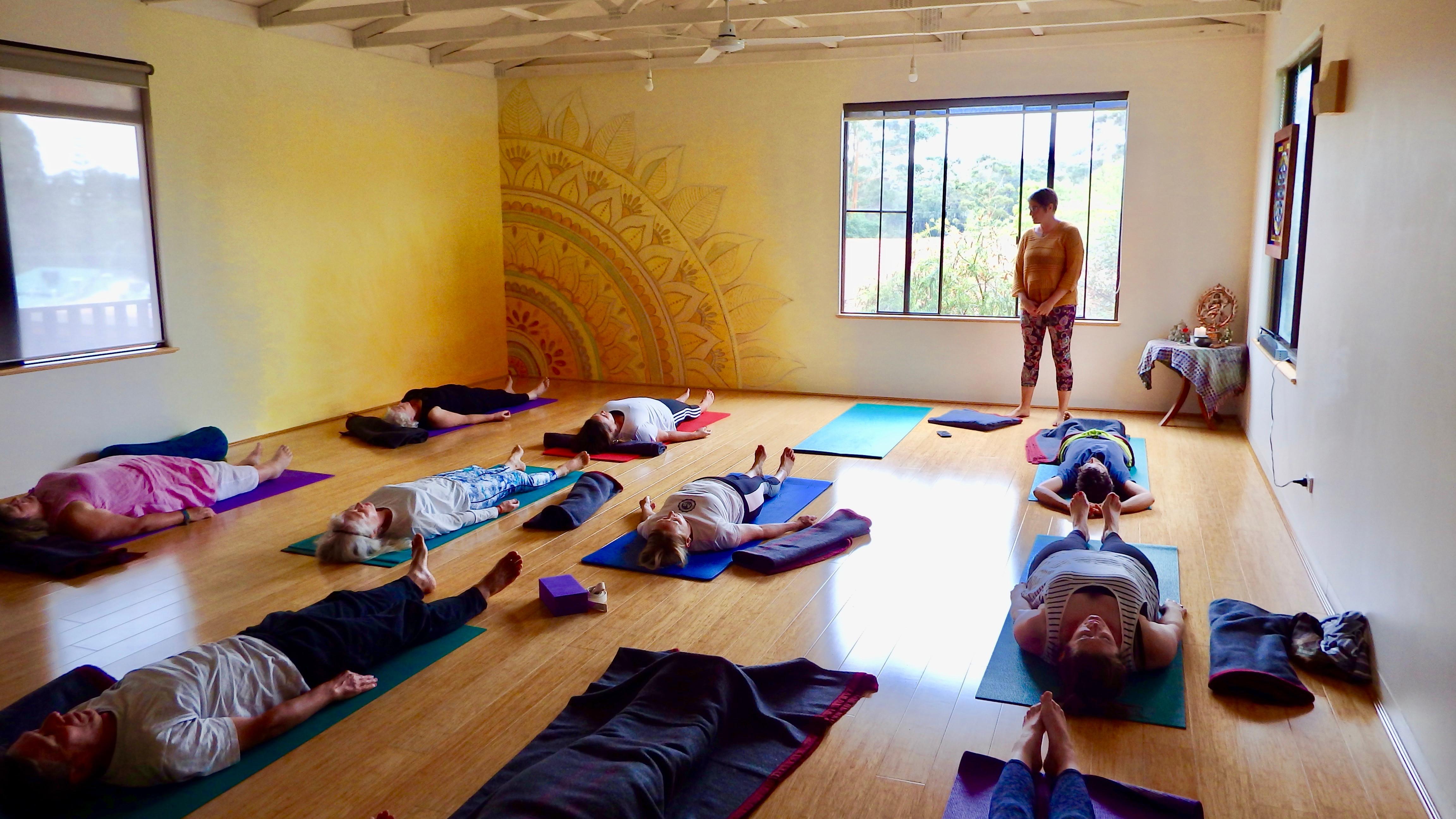 Fri - Absolute Beginners Yoga