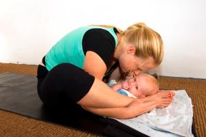 Bloom Mum + Baby Yoga