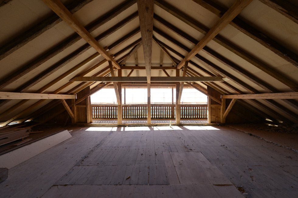 sous toiture chantier  boite noire©tangram architectures.jpg