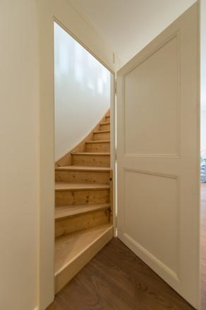 escaliers boite noire©tangram architectures.jpg