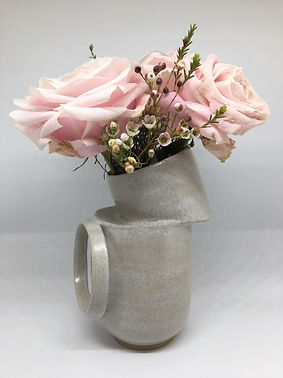 2 tier vessel with front hoop and pink r