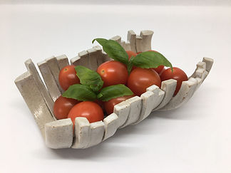 Half hoop platter with tomatoes and basi