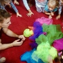dla-dzieci-warsztaty-cyrkowe1.jpg