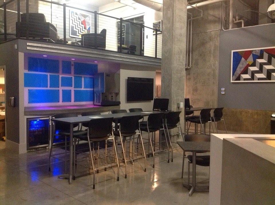 Hybrid Coworking - Restaurant/Bar