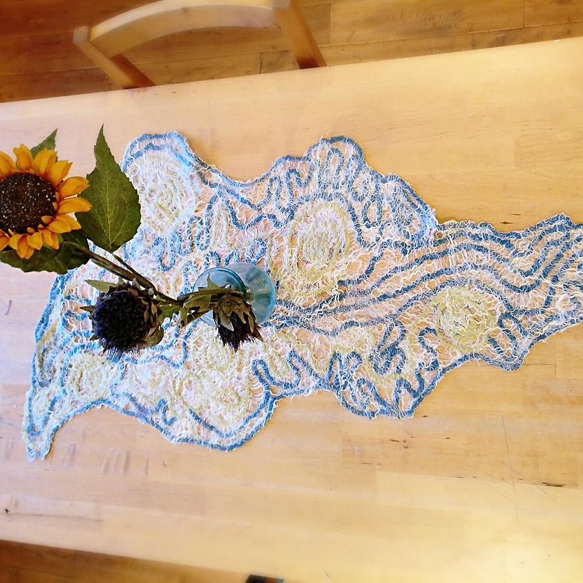 Workshop: Wet felted lace table runner