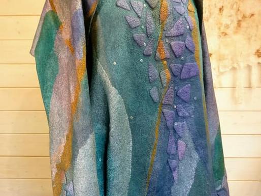 Herringbone wool layout in felt making