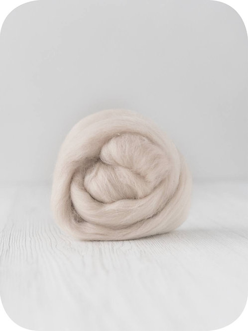 19 mic Superfine Merino Wool - Sand, 50 g (1.76 oz)