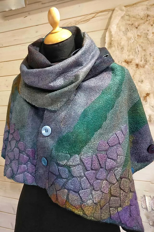Online Class: Fine Felted Scarf with 3D Embellishment Online Class