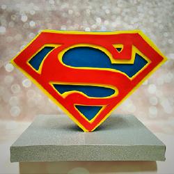 Standing SuperMan cake