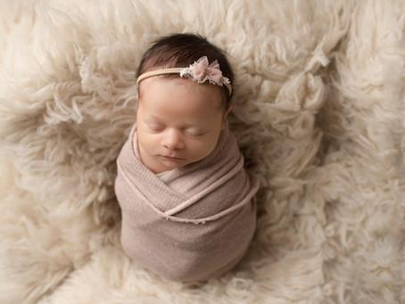 Meet the Newborn : Maggie | Ft. Worth , Texas