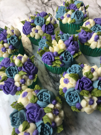 Custom Buttercream Cupcakes