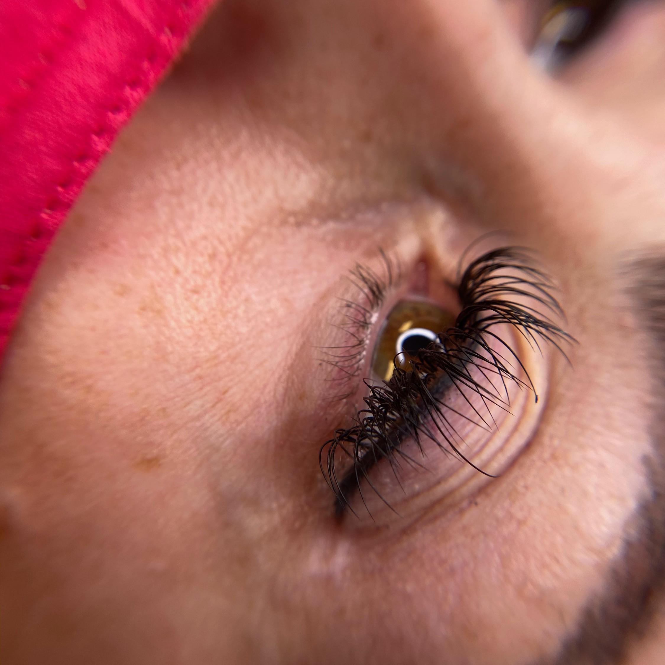 Eyeliner w/ Haylee