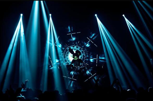"deadmau5 & Lights Create a Mid-Summer Banger With Their Song ""When The Summer Dies"""