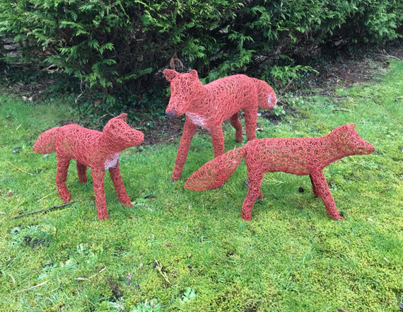Wirework Fox and her cubs