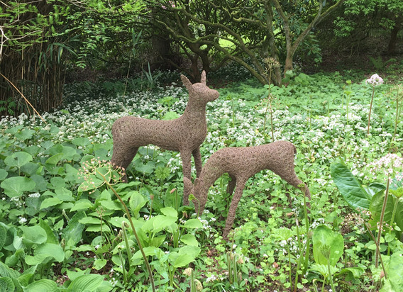 Wirework  Deer & Fawn
