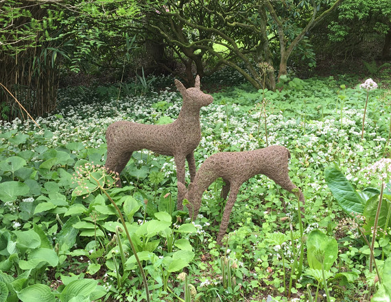 Wirework Deer and Fawn