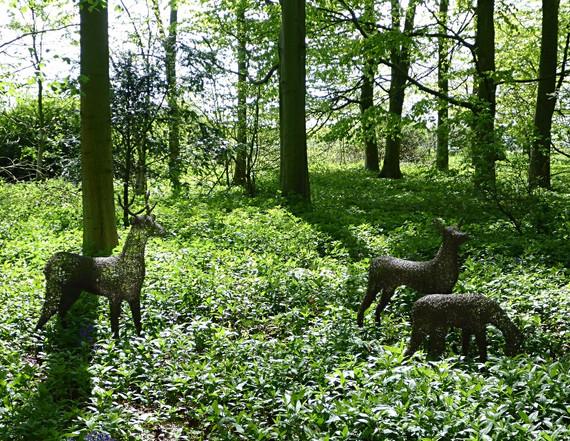 Wirework Standing Deer