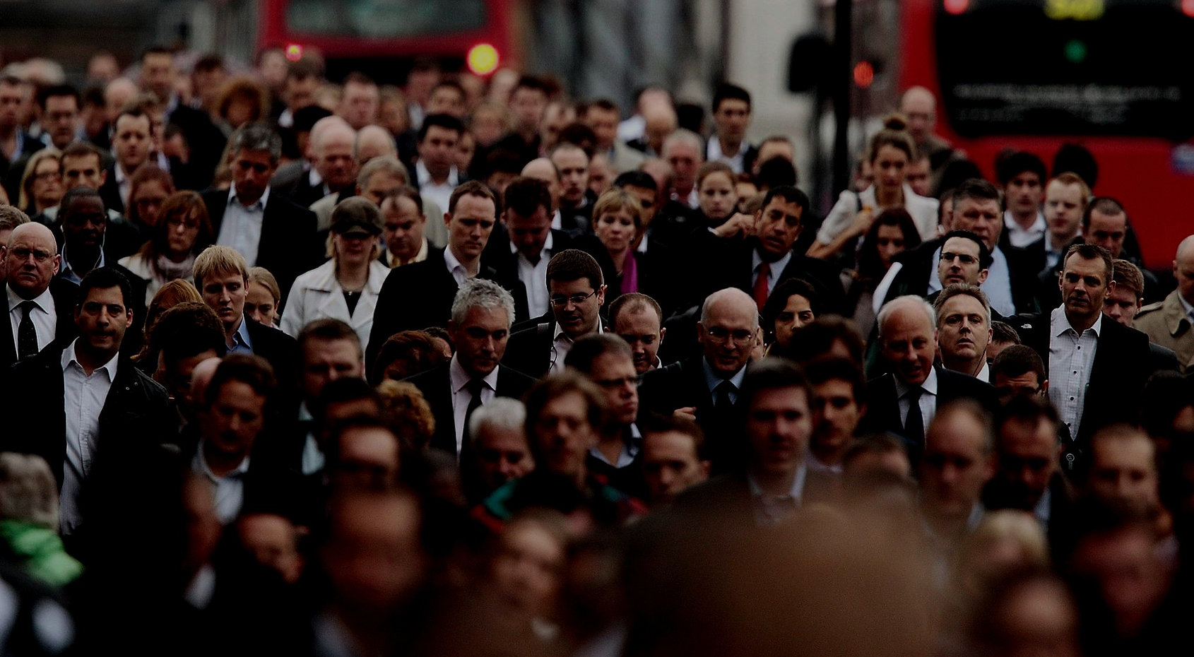 London-commuters_edited_edited.jpg