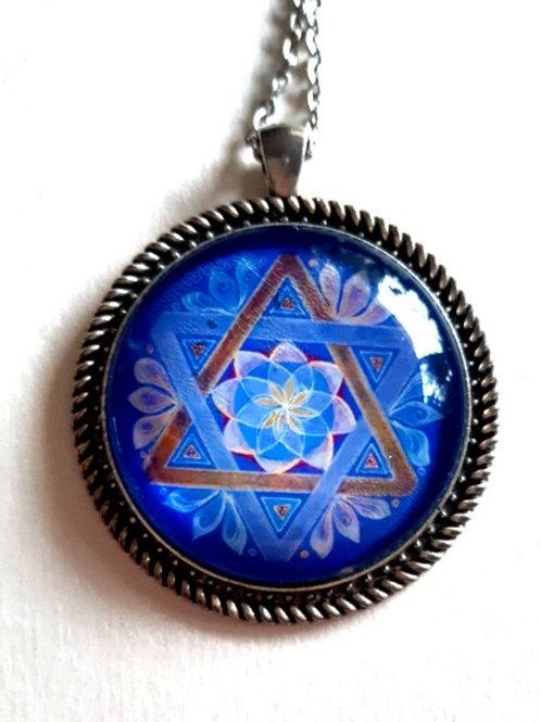 מנדלת מגן דוד כחול