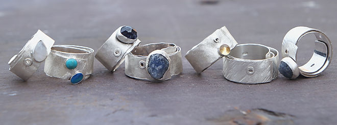 Off The Rails Rings