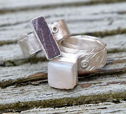 Welsh slate rivet ring & white druzy rivet ring