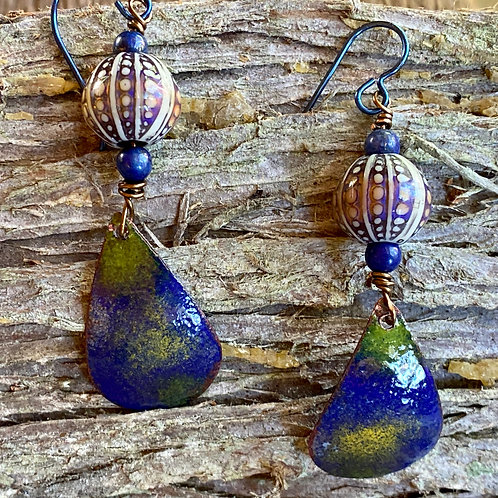 Enameled drop and dangle earrings with color changing mirage beads
