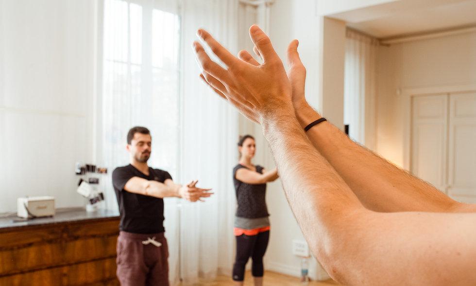activites-bien-etre-entreprise-sport-en-entreprise-pilates-yoga