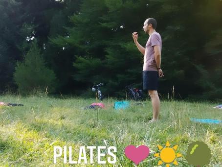 Hier soir nous étions au Parc de la tête d'or pour une séance de Pilates en plein air !