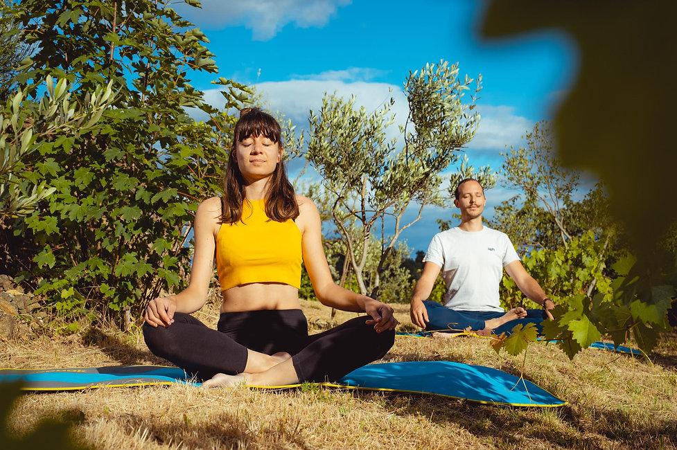 meditation_mediter_lyon_au_parc_en_exterieur_relaxation_respiration_petitgroupe_mediterauparc_seance_debuter_www.kinitro.fr_