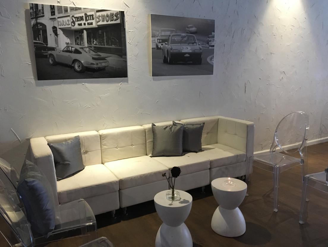Modern Lounge Seating