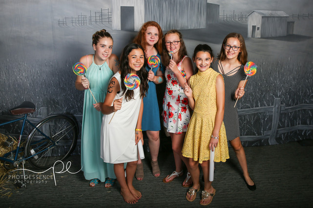Wizard of Oz themed photo booth