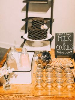 Milk & Cookie Bar