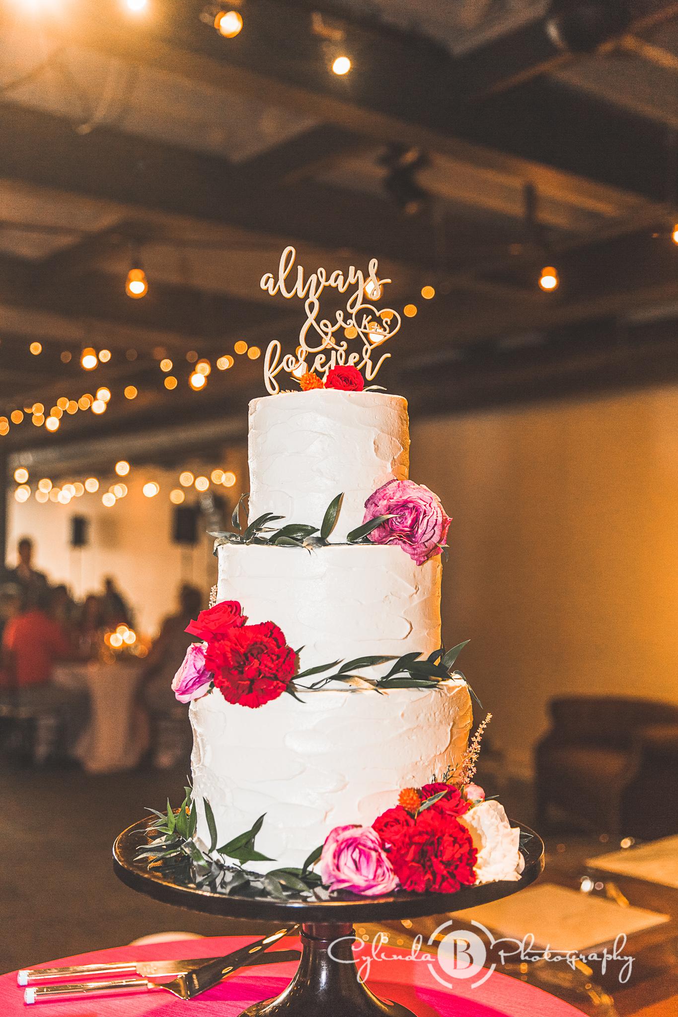 Bright wedding cake