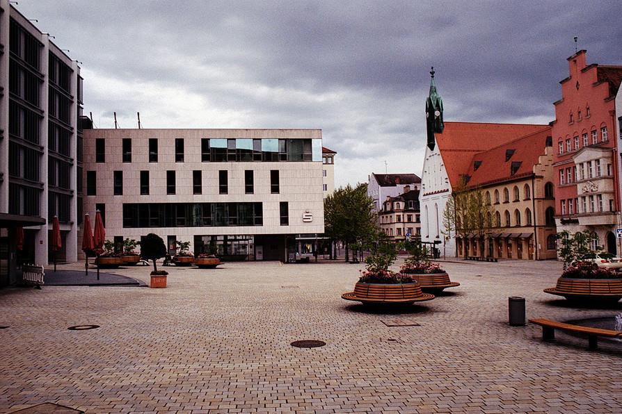 rathausplatz_klein.jpg