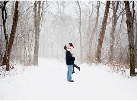 ERIN & TYLERS SNOWY ENGAGEMENT