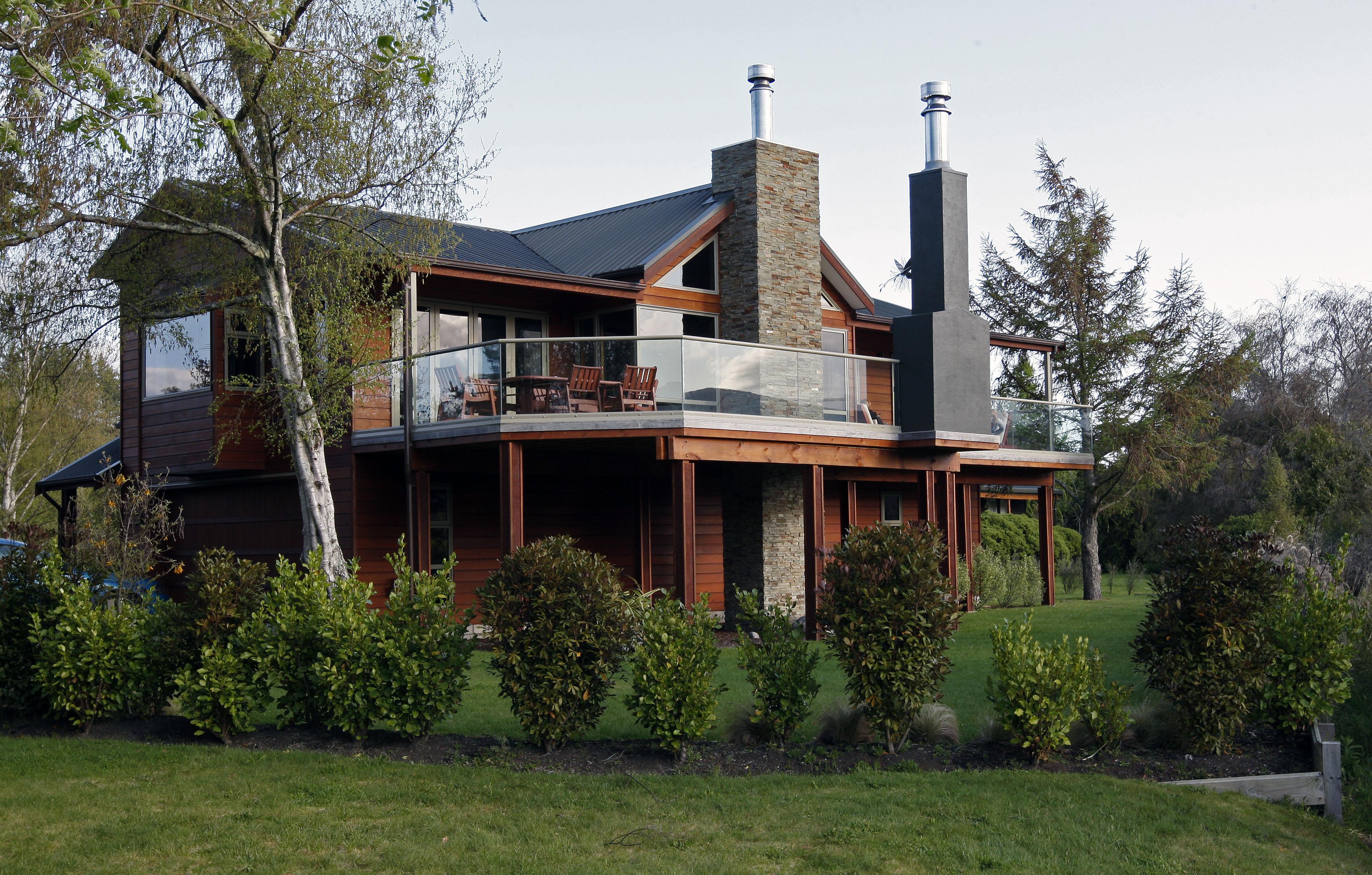 Lodge03.jpg
