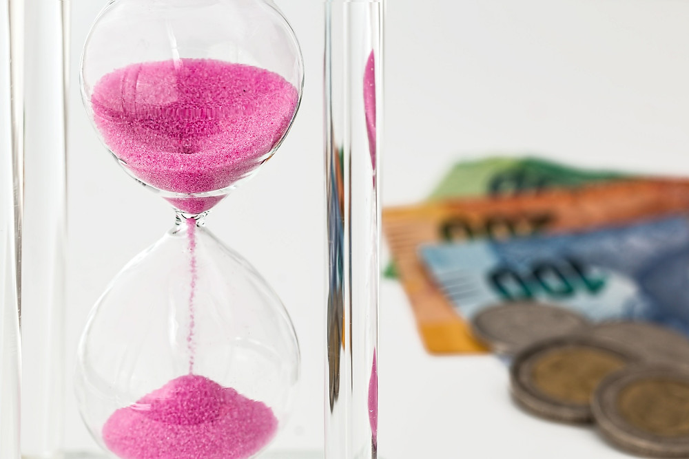 Time is money: Euros and hourglass
