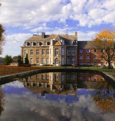 chateau-étang-800x600-768x576.jpg